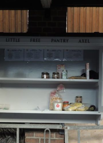 'LITTLE FREE PANTRY AXEL'